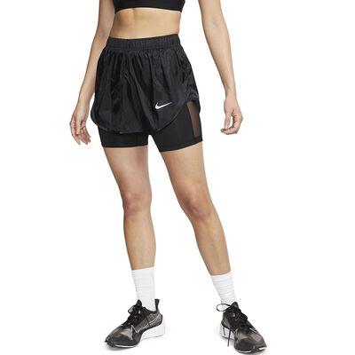 Short Nike Tempo Icon clash